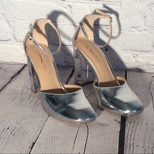WHO WHAT WEAR Womens Shoes Size7.5 Juliette Silver
